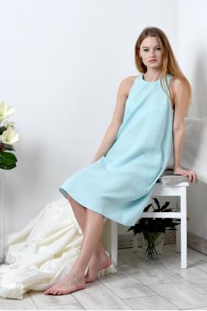 Льняное платье с узким поясом