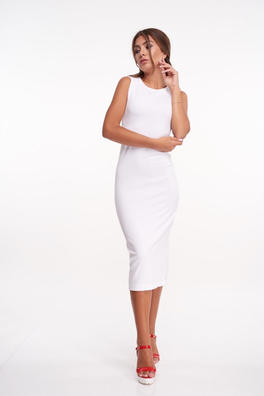 8b0c711bad5 Белое трикотажное платье миди