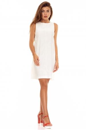 Белое платье из льна