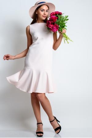 Прямое платье с широким воланом