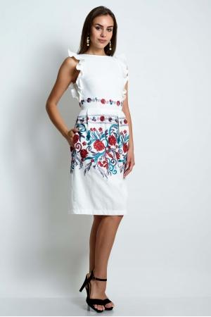 Нарядное белое платье с вышивкой