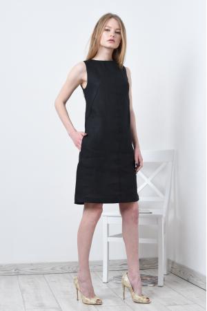 Платье с вырезом и завязками по спинке