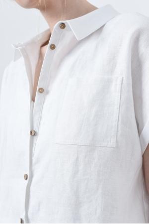 Свободная женская рубашка из льна